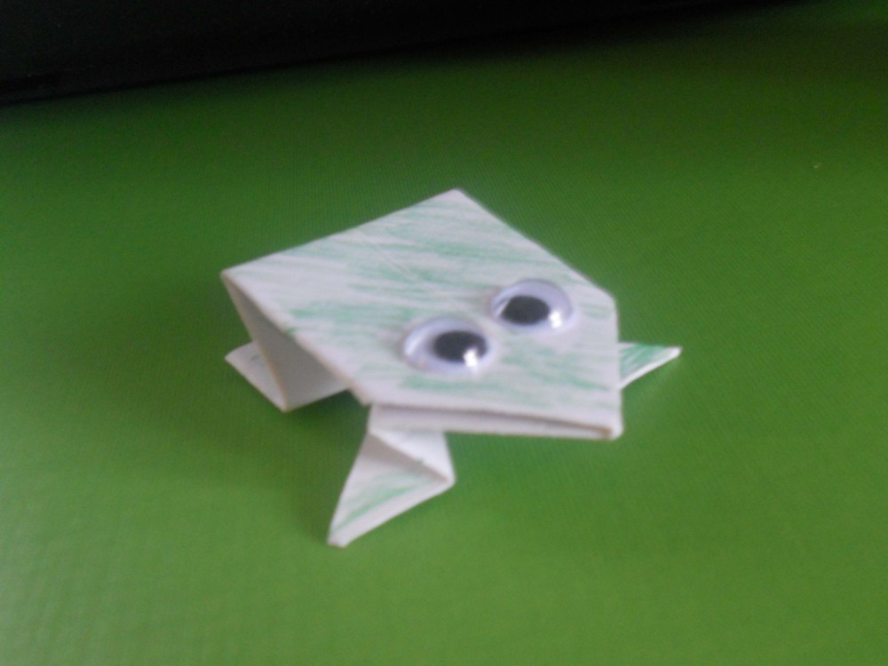 origami-jumping-frog-7